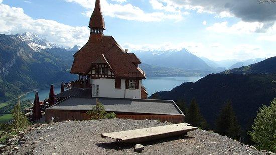 Harder Kulm - Top of Interlaken - Ticket: A construção-símbolo do local, onde fica um restaurante panorâmico