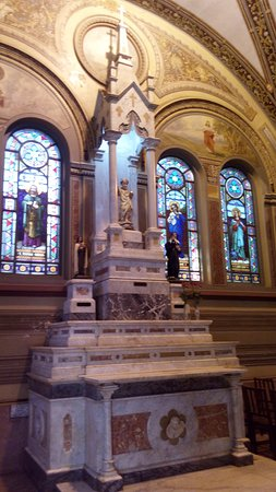 Altar Menino Jesus de Praga