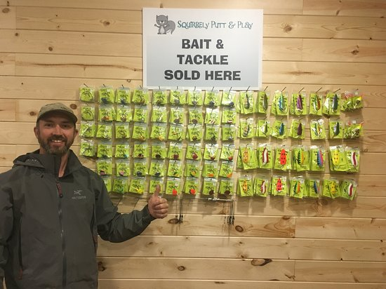 Squirrely Putt & Play: Bait and Tackle