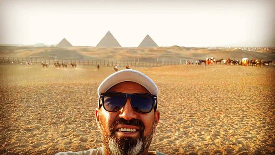 الجيزة, مصر: Panorama veiw of Giza pyramids