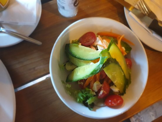 Lovely salad with the Eisbein
