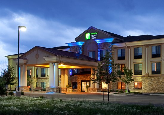 The Holiday Inn Express & Suites Longmont, CO is ready to welcome you during your next stay