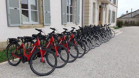 Damblain, France : Bikes (electrical & physical)