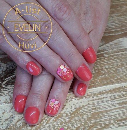 A-list Salon & Spa: Ünnepeld körmeid a trendi Nailfettivel 🎊🎈🎉 Kérj időpontot Evelinhez: +36-30-599-10-09