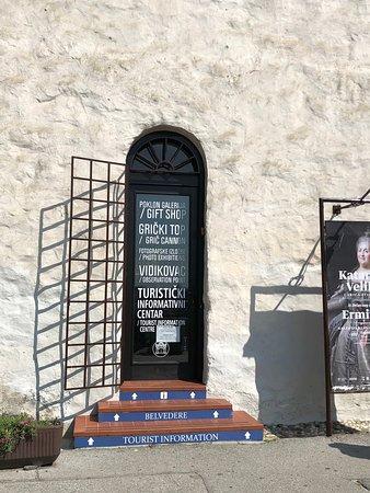 Porta de entrada para a torre Lotrscak