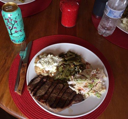 La Sal, UT : Incredible meals!!    :{)