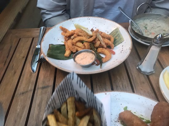 West Coast Grill + Oyster Bar: Calamari And Peggy's Clam Chowder