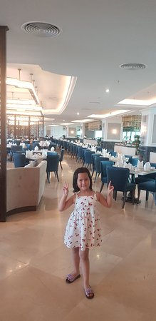 It was truly 5 stars and above hotel in Halong bay