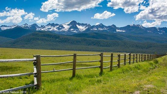 Carey, ID: Sawtooth Mountains