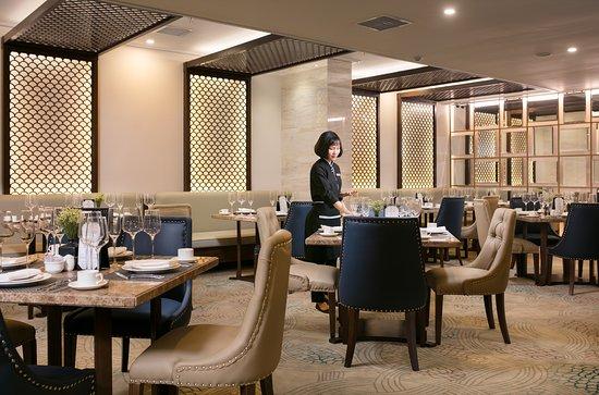 Restaurant at Premier Hotel Vang Vieng