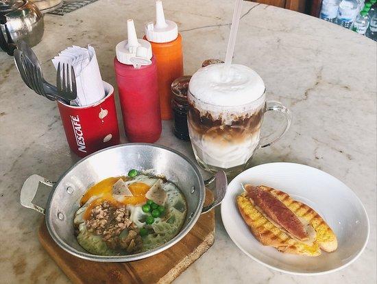 Kope Hya Tai Kee: 早午餐