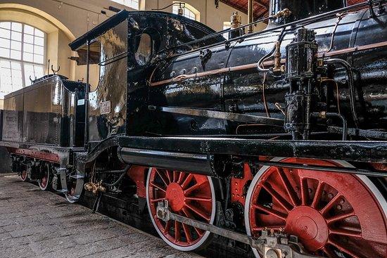 Museo Nazionale Ferroviario di Pietrarsa: Locomotiva