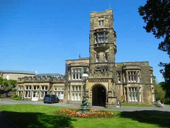 Cliffe Castle Museum & Park