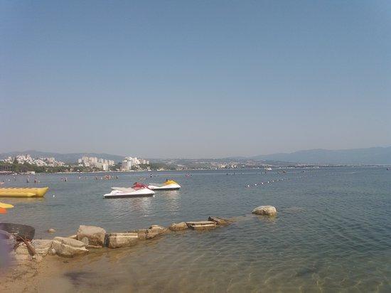 Вид с побережья.