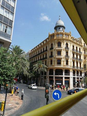 Valencia Shore Excursion: Valencia Hop-On Hop-Off Tour: Banca central