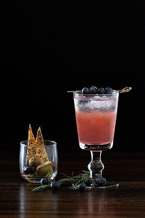 Blueberry Daisy - Crafty Gins