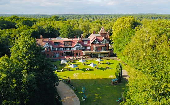 Forest park Country & Inn Hotel