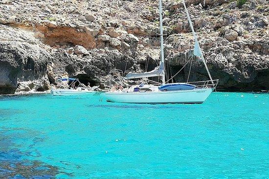 Exclusivo viaje en velero medio día...