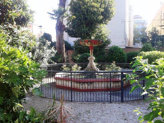 Santuario della grotta della Madonna di Lourdes