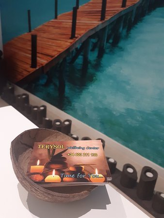 Terysol Massage & Wellbeing Center Ibiza: massage ibiza masaje eivissa san antonio relax holiday nails eyelashes waxing