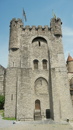 Gravensteen: The main entrance to the citadel.
