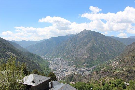 Engolasters, Andorra: vue sur la ville