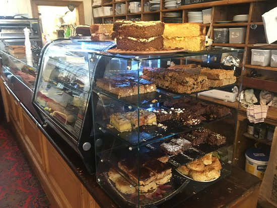 T H Roberts Coffee Shop: More cake!