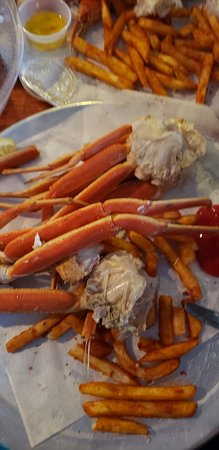 1lb  snow crab legs - Picture of Charlie Horse Restaurant, Ormond