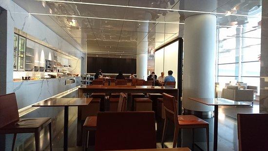 קת'אי פסיפיק: 航空公司休息室