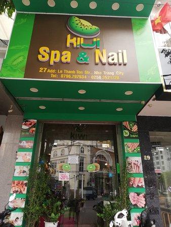 Kiwi Spa & Nail