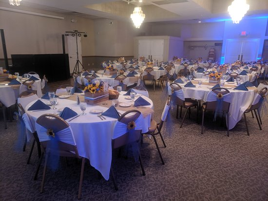 Weddings in our banquet room are the perfect place to celebrate your perfect day! With seating from 40-170 guests.  Call for information 412-403-3317.