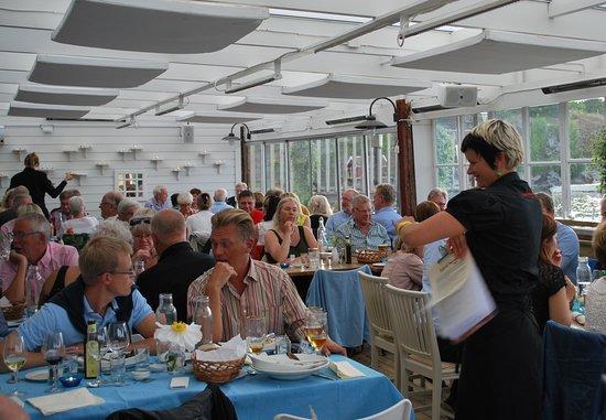 Slussens Pensionat: Dining room.