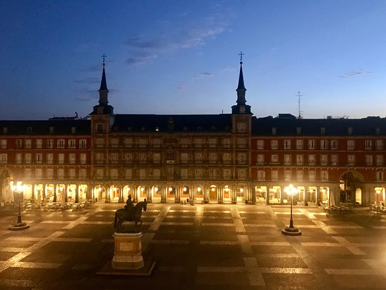 Plaza Mayor by night