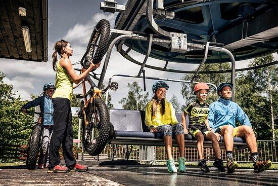 Kliny , Repubblica Ceca: FourChairlift for bikers Sport areál Klíny