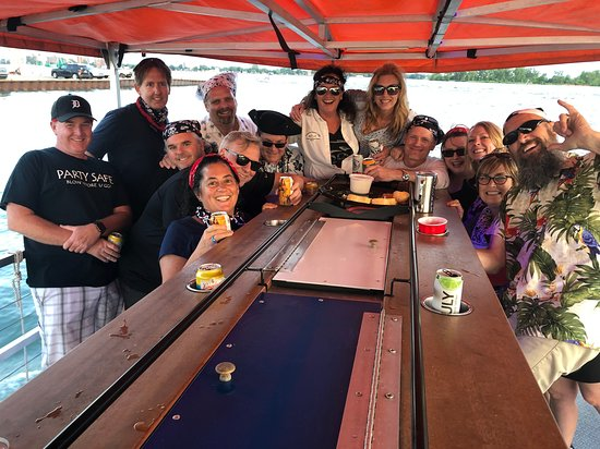 Detroit Cycle Boat: The party crew