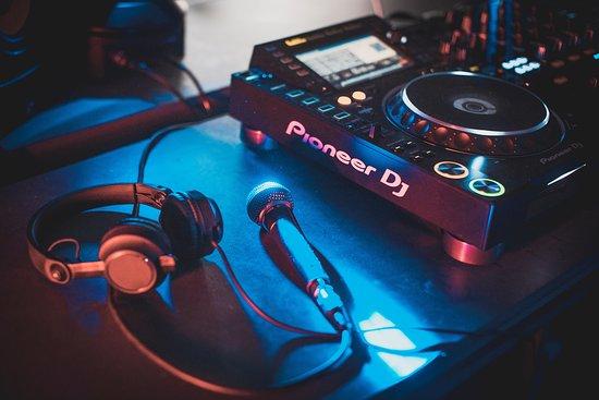 DJ Gym