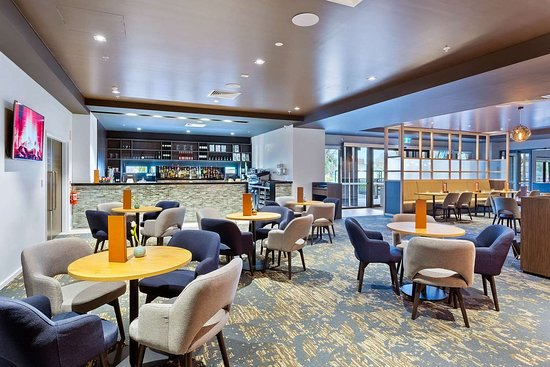 Quality Hotel Lakeside: On-site restaurant
