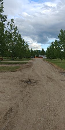 Elbow Sunset Suites & RV Park: Camping lots