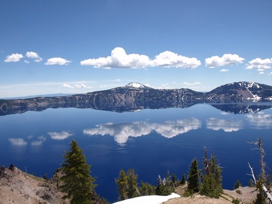 Parque Nacional del Lago del Cráter, Oregón: Afternoon clouds