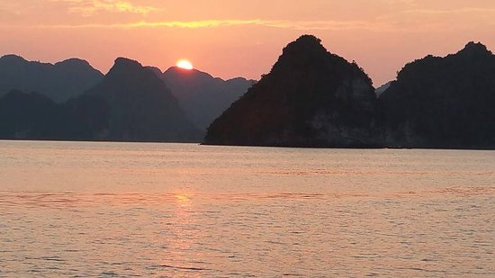 Indochina Junks - Day Cruises