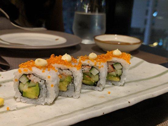 CE LA VI Restaurant & Lounge: California Rolls