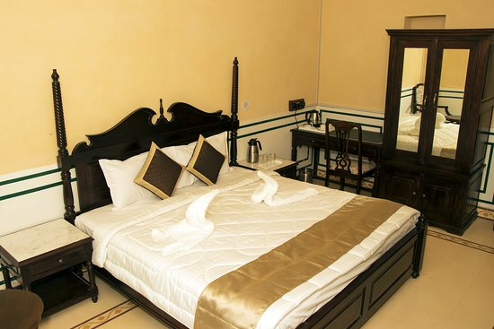 Rooms equipped with modern facility