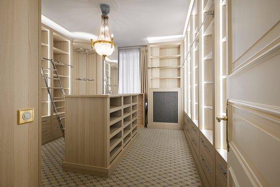 Hotel Beau-Rivage Geneva: Dressing Suite Umberto