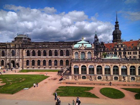 Цвингер, Дрезден, Саксония, Германия май 2019