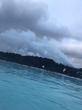 Foto de Entrada a la laguna azul
