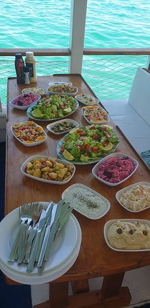 Akkanat Yacht Tours: mezzes