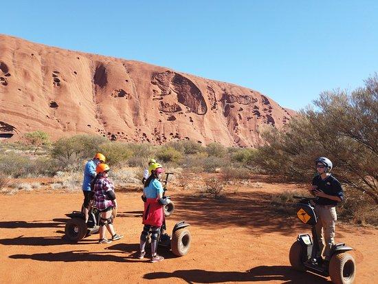 Obraz Uluru By Segway - Self Drive your Car to Uluru