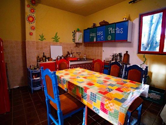 Namaste Hostel: Kitchen
