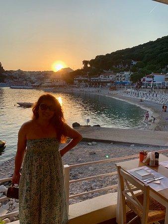 Villa Rossa Restaurant: That sunset...