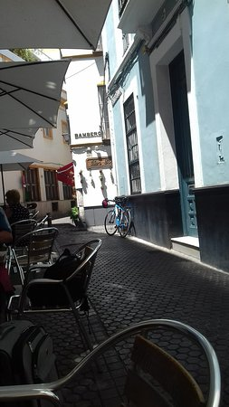 Bar Estrella: outside tables